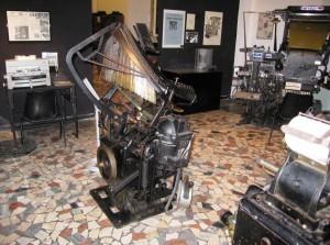 La Typograph nel suo ambiente al Museo della Stampa di Mondovì