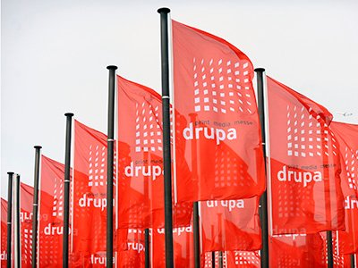 Anche la drupa salta e va in streaming