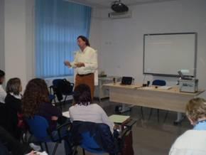 Franco Cadore nel corso di un training presso una importante fabbrica italiana di motociclette