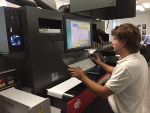 Luca Alemani è molto inpegnato a sperimentare con la EFI Jetrion 4900