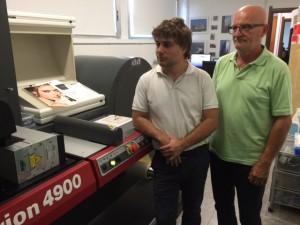 Cesare e Luca Alemani davanti alla EFI Jetrion 4900