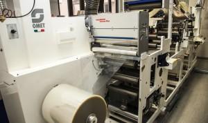 Macchina flexo OMET in allestimento per la stampa di fogli fotovoltaici