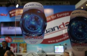 Un'applicazione di Nano-Tack bifacciale