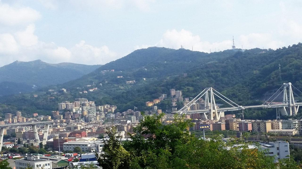 Sul Ponte Morandi di Genova