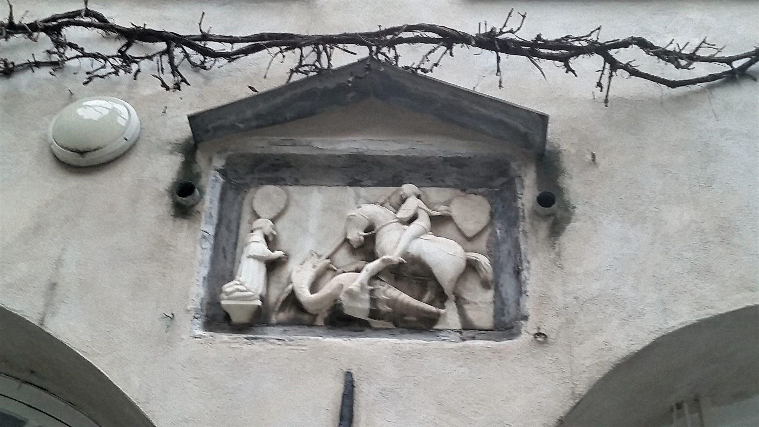 Una chiesa nel vigneto